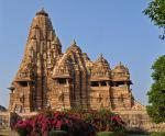 ИНДИЯ - изяществото на Тадж Махал, пищните храмове на  Каджураху и могъщите крепости на Раджастан! РАННИ ЗАПИСВАНИЯ до 27.02.2018 г.